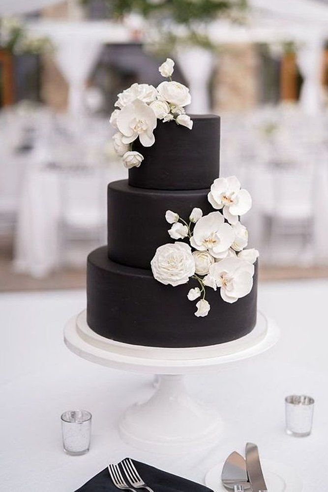 39 Black And White Wedding Cakes Ideas Wedding Forward Black And White Wedding Cake Wedding Cake Decorations White Wedding Cakes