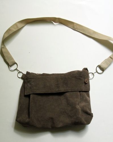 this purse was made from a shirt sleeve - a few simple folds & 2 seams!