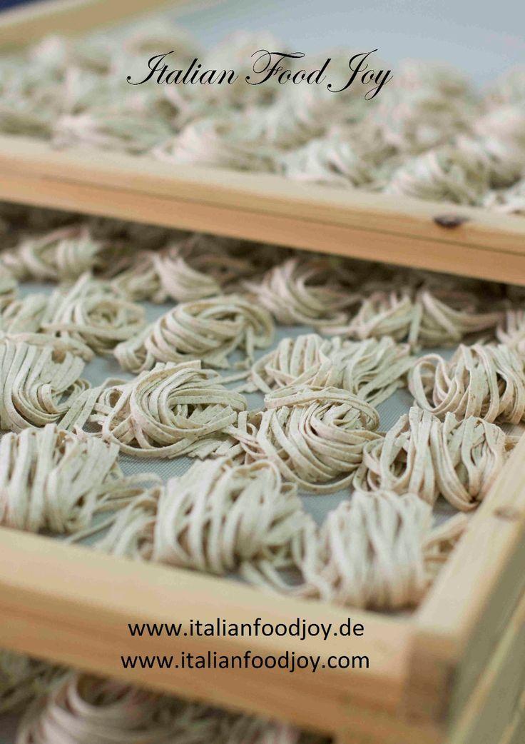 #Italian #Tagliatelle #pasta handamade #nudeln pasta aus #Italien #Italian #Food Joy www.italianfoodjoy.de fur AT und DE