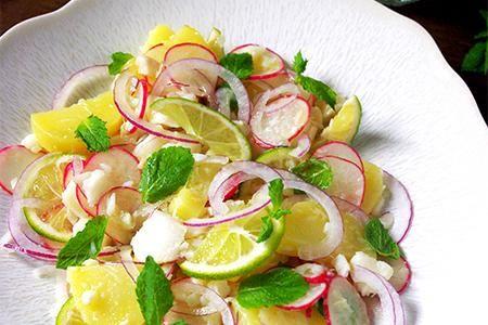 パリ 9月のマルシェ 「白身魚と新じゃがのサラダ」 パリのマルシェとレシピ。 Paris madame FIGARO.jp(フィガロジャポン)