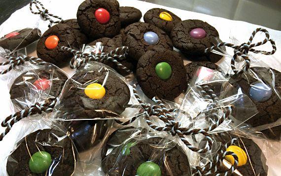 Biscotti al cioccolato. Per piccoli diavoli, mostri e fantasmi.