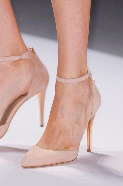 Tadashi Shoji - New York Fashion Week, Spring 2014 - Details