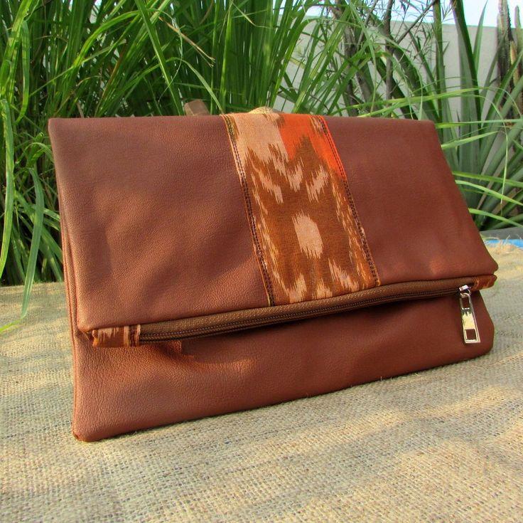 Olivia foldover brown tenun clutchbag - OC2