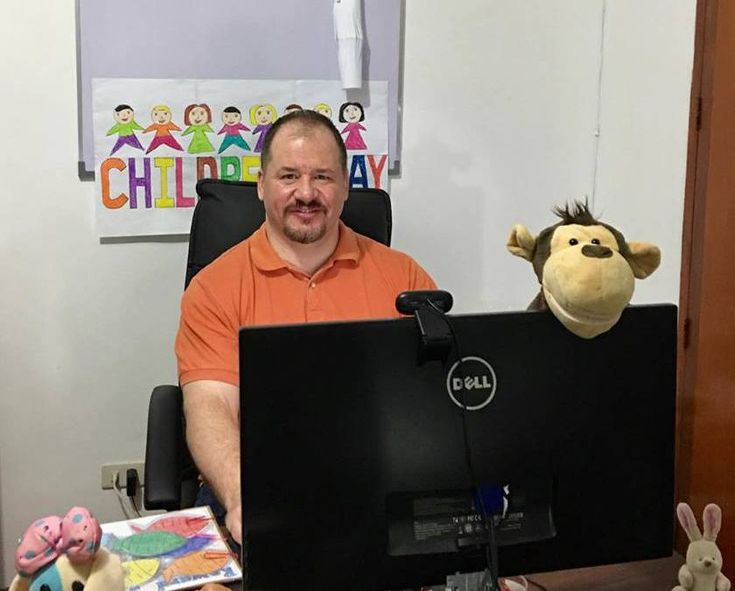 See how Dan made more than $75,000 in 2016 by teaching with VIPKid, including how he got started and what his current schedule is.