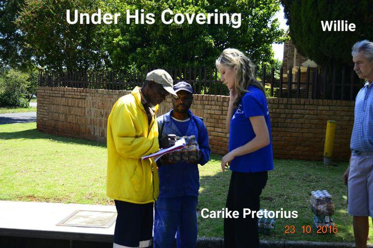 Carike Pretorius & Willie Pretorius.  Street reach in Boksburg
