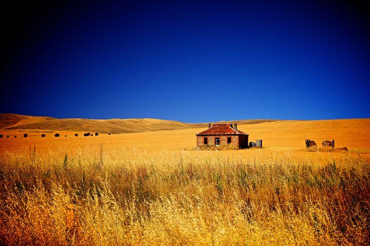 The Midnight Oil House - Burra, South Australia - www.electronicswagman.com.au