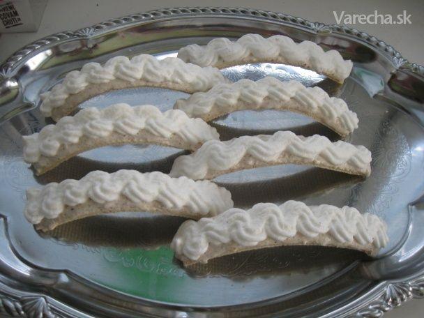 Orechovo-bielkové oblátkové mosty (fotorecept)