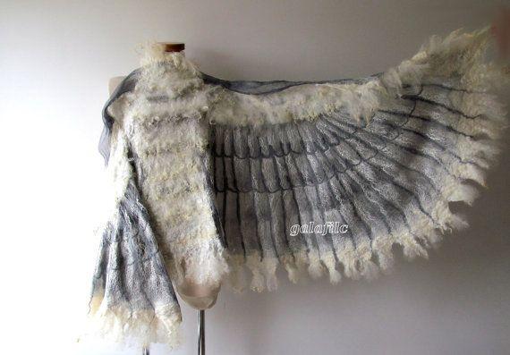Geflügelte Schal Wings Schal Felted Schal Kostüm von galafilc
