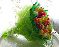"""Gallery.ru / Букет с мшкой и конфетами """"Рафаэлло"""" - Букеты из конфет ручные - MarinaLeo"""