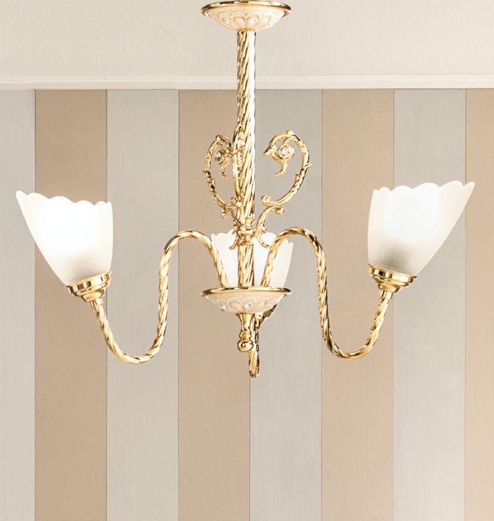 Oltre 25 fantastiche idee su lampadario da bagno su pinterest vasche camere da letto - Lampadario da bagno ...