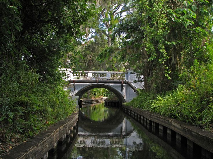 Floridatraveler See The Great Waterfront Houses In Winter Park On A Canal Tour