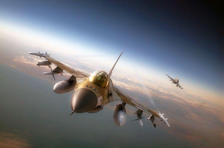 F-16 Falcon Flight