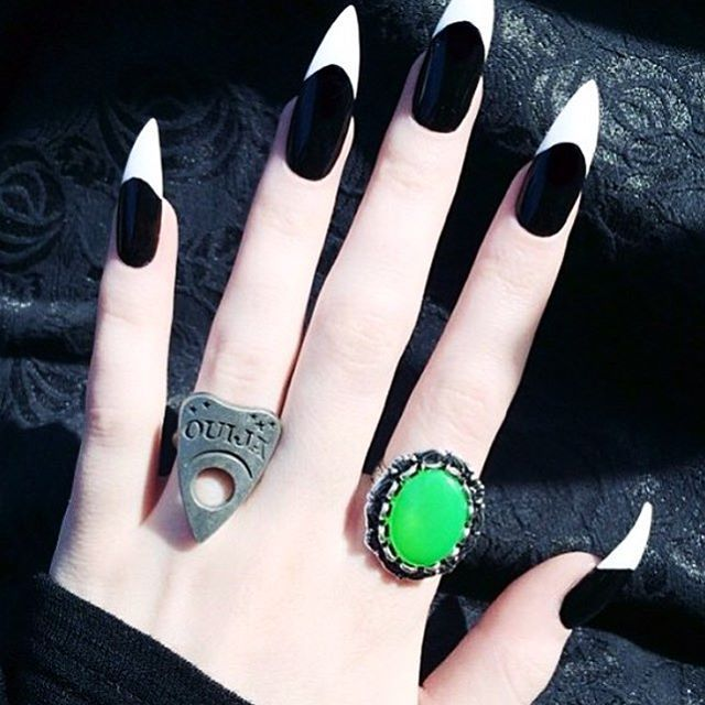 Creepy Cool Nail Art Witches brew ring on @harperleighhollywood   #WitchesBrew…