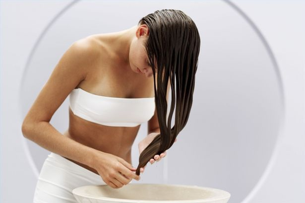 How to Use Vinegar to Lighten Hair. I'm doing this soon ;): Hair Coloring, Hair Colors, Blond Highlights, Lighten Hair, Apple Cider Vinegar, Blonde Highlights, Hairstyles Accessories, Beauty, Hair Thumbnail