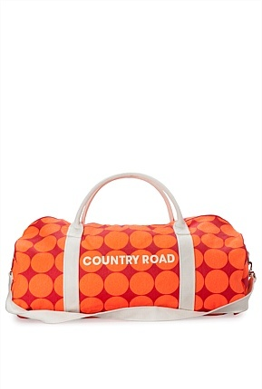 Country Road CARAVAN giveaways: the iconic Logo Tote