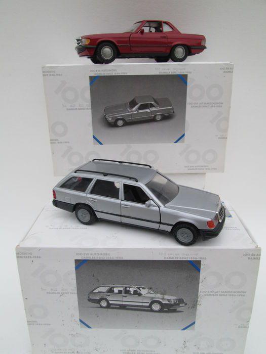 Divers - Schaal 1/35-1/43 - Kavel met 4 modellen: 4 x Mercedes-Benz  NZG Made in Germany 1:35Mercedes-Benz 284 - 300SL - 420SL - 500SL- kleur Bordeaux Rood- in originele doos 100 Jahre Automobiel Daimler Benz 1886 - 1986Conrad Made in Germany 1:35 Mercedes-Benz 1503 - 200T - 300TE - 4-matic- kleur Zilver- in originele doos 100 Jahre Automobiel Daimler Benz 1886 - 1986  Gama Duitsland 1:43 Nr: 1167- Mercedes-Benz 190E- kleur Zilver- openslaande deuren  kofferdeksel- nieuw in doos Solido…