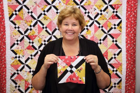 Learn to make the Checkered Lattice Quilt