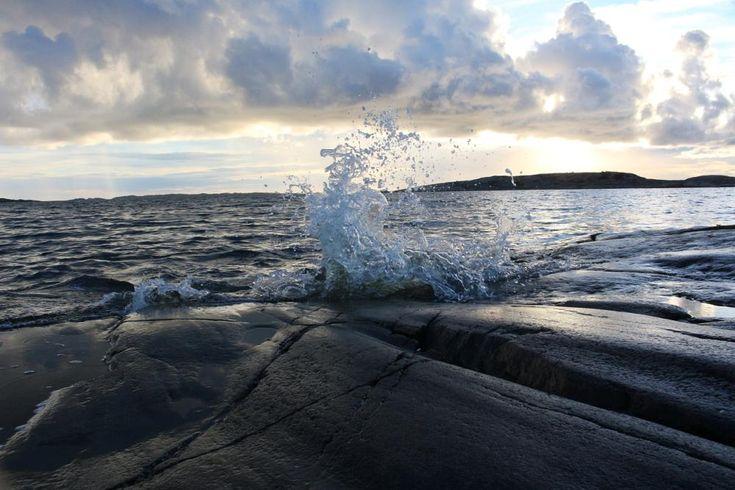 Oceanwave by susannemkarlsson