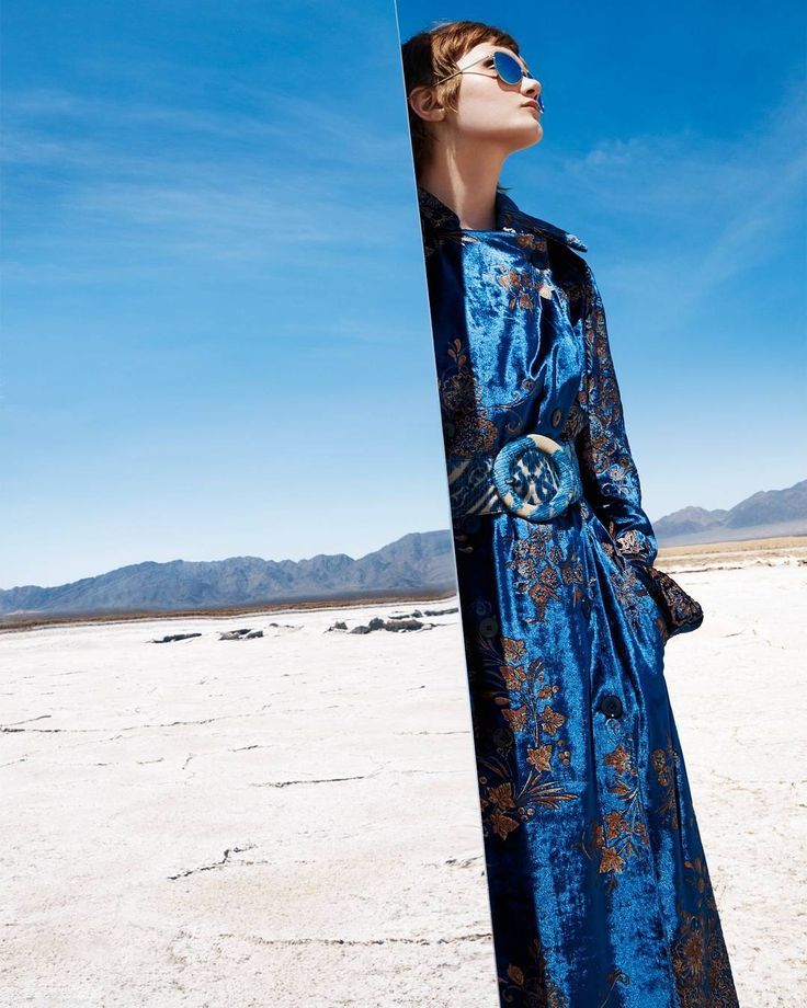 Time to reflect. @PeytonKnight is a desert queen in @RalphLauren our latest fashion editorial, where brocade suiting and embellished separates reign supreme in California's Twentynine Palms. Photos by @StudioAkrans Styling by @ElisaSantissi