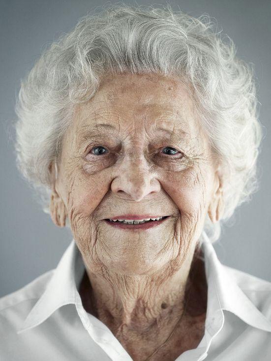 Si la felicidad también cumple años, este es su rostro cuando llega a los 100 (FOTOS)
