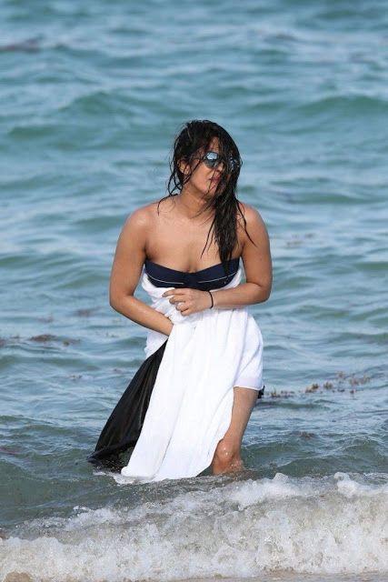 Dreamgirls Beach Babes, Naija Heiße Muschi