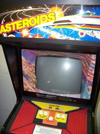 1979 Asteroids upright cabinet