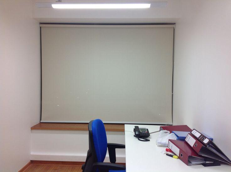 Cortina Roller Blackout, oficina.