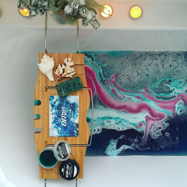 """Wow, the Lord of Misrule bath bomb let out the …"