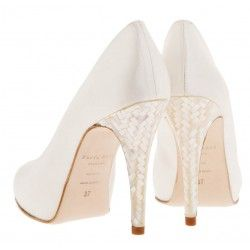 Buy Designer Bespoke Shoes Online in London UK at cheap prices.