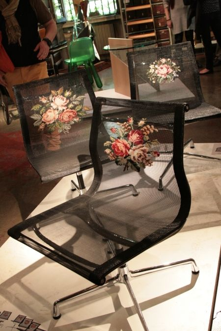 Trend :: Milano 2014 - Tappa da Rossana Orlandi gorgeous cross stitch or tapestry chair