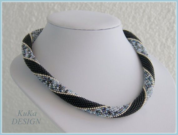 necklace classic Black & Shades of gray