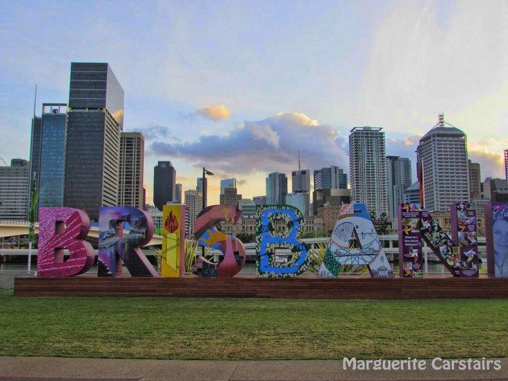 https://flic.kr/s/aHskkKkKze | Brisbane | Views of Brisbane from Highrise Meriton, Southbank and the city skyline and highrises