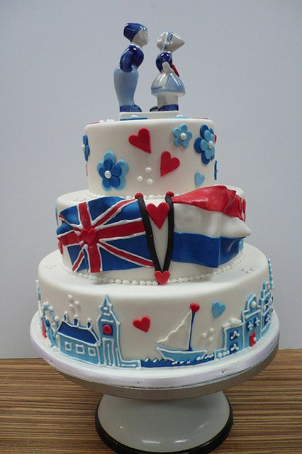 British Dutch Wedding cake in Delfts Blauw theme by CAKE Amsterdam - Cakes by ZOBOT, via Flickr