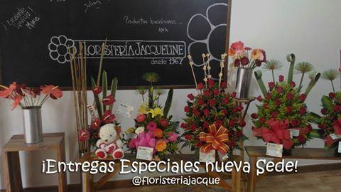 Queremos que tus fechas especiales sean inolvidables. Los mejores diseños florales los encuentras en #floresjacque Llámanos Pbx: 448 66 66