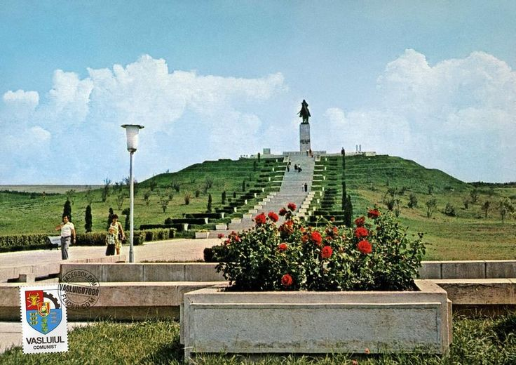 These Vintage Photos Show a Colourful Side of Communism | VICE | United Kingdom