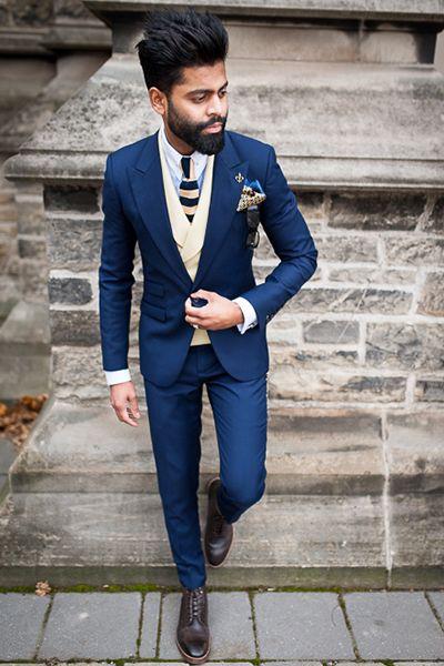 ネイビーのスーツには白のベストで20代の若々しい着こなしをしたい。20代男性におすすめしたいスーツベスト。