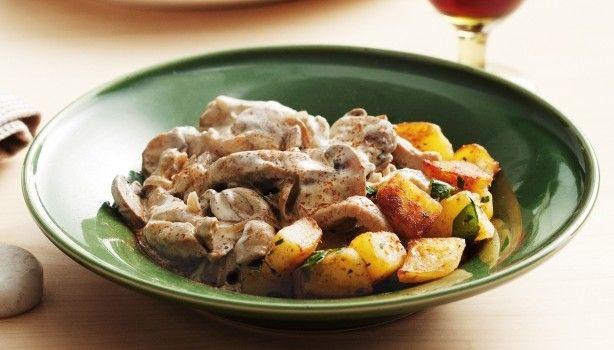 Χοιρινό στρογκανόφ με πατάτες