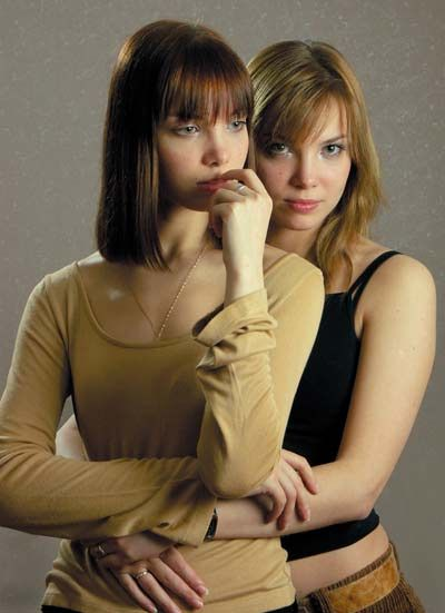 Twin actresses Tatyana and Olga Arntgolts | russian ...