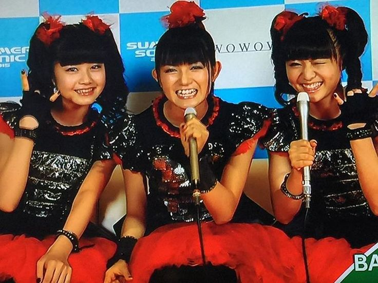BABYMETAL サマソニ2015 TV screen shooting #babymetal #sumetal #yuimetal #moametal #summersonic2015