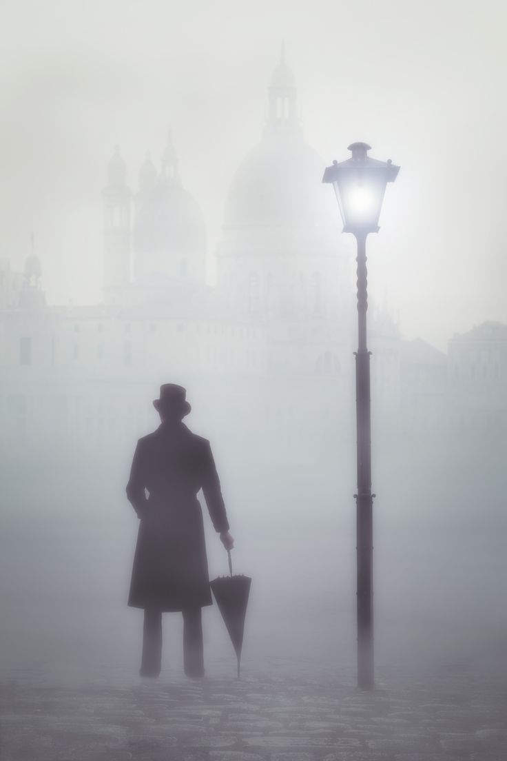 a foggy biography essay A biography on foggy poems english literature essay home / research paper / a biography on foggy poems english literature essay when one is in a fog, one can see nil but an eternal sum of grey, covering the country when one is outside of the fog, one sees a cloud fogs and clouds serve as metaphors for many topics.