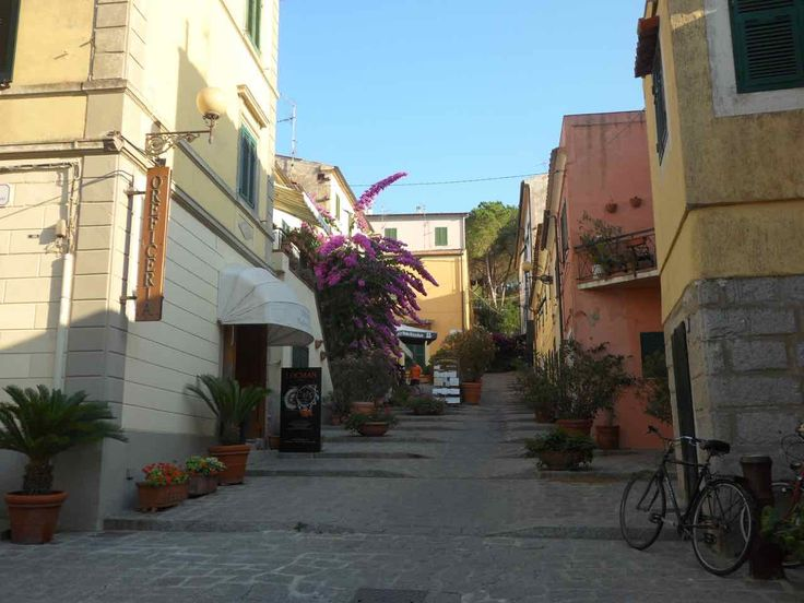 L'Isola d'Elba in autunno. Una vacanza all'Isola d'Elba in autunno? Novembre è per noi il mese ideale, pochi turisti con colori da lasciarvi senza fiato.