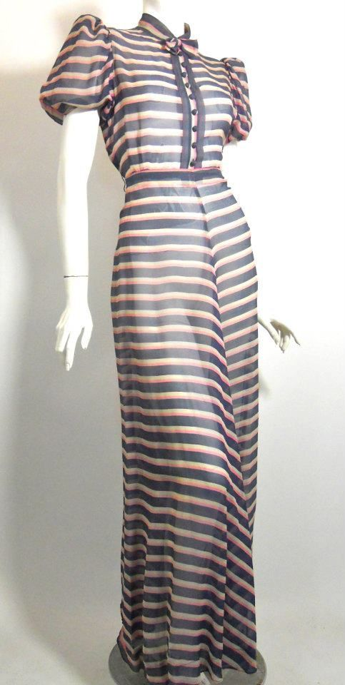 Looking at this dress makes me want to watch Fred and Ginger.  The 1930s were awesome! FASHION MECCA!!! Classy!