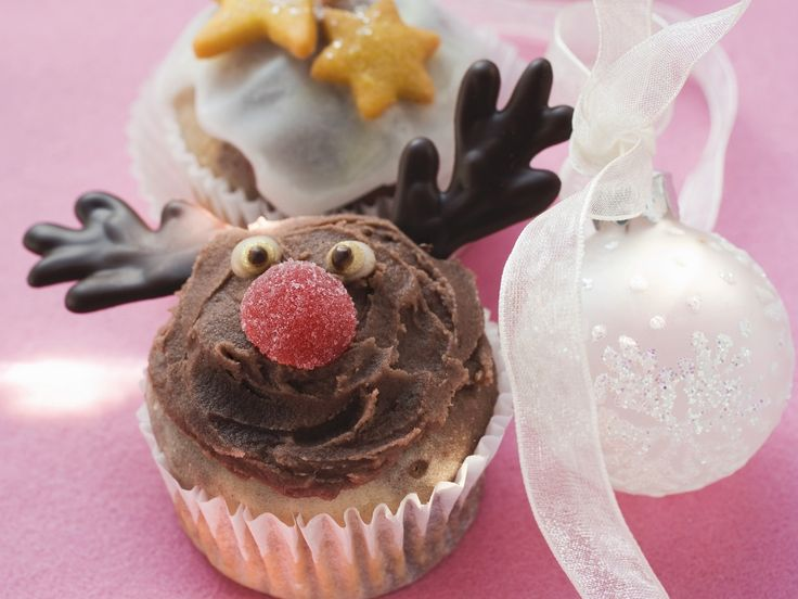 Weihnachts-Muffins - smarter - Zeit: 1 Std.  | eatsmarter.de So süß diese Weihnachtsmuffins.