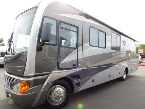 2006 Fleetwood PACE ARROW 36D in Colton, CA