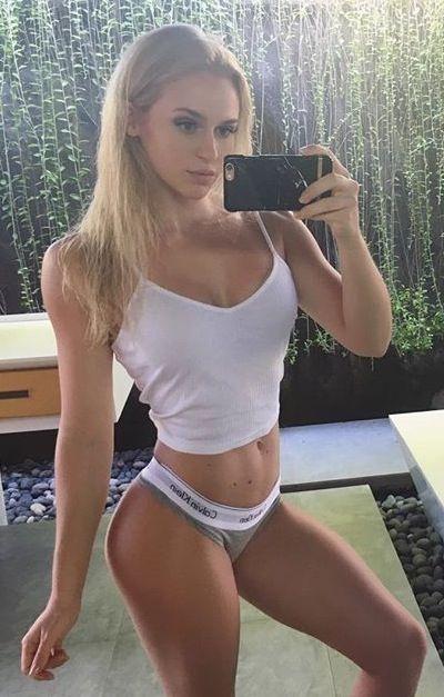 Anna Nystrom Sexy Swedish Girl Bombshell Squats Legs -6616