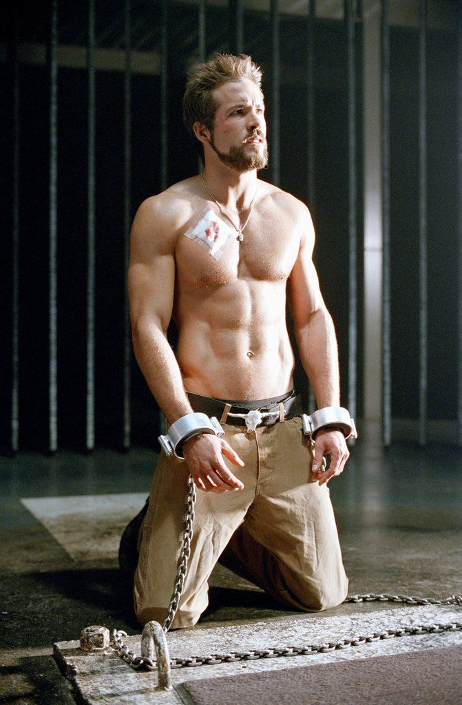 11 Shirtless Ryan Reynolds Photos That Will Leave You in a Pool of Cold Sweat