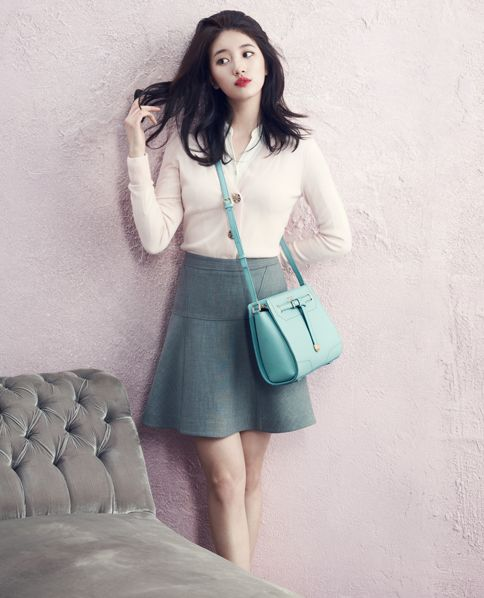 miss A's Suzy Bean Pole Accessory Spring 2015