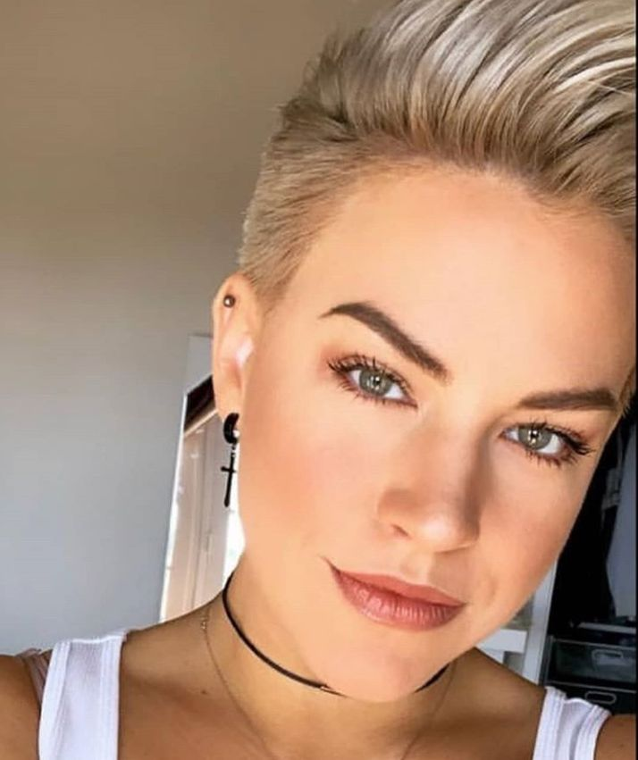58 Hottest Shaved Side Short Pixie Haircuts Ideas For Woman In 2019 – Page 12 of 58