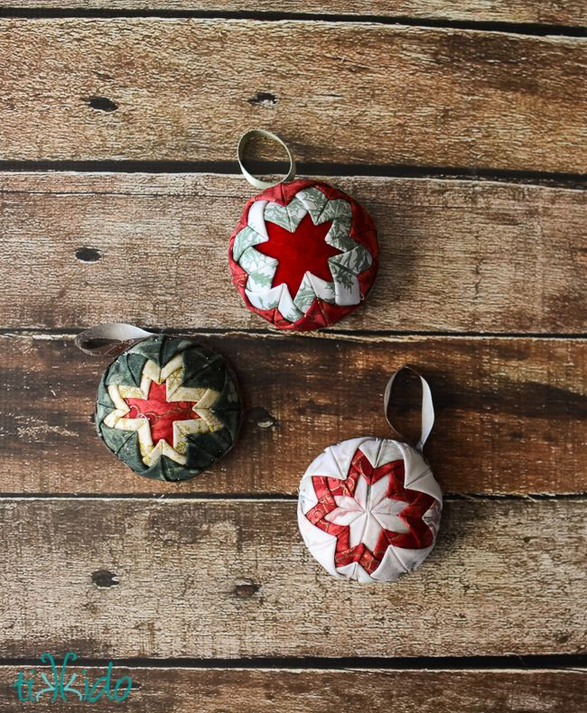 How To Make Faux Quilted Christmas Ornaments
