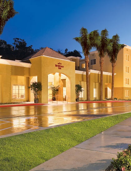 Residence Inn Mission Valley   2 bedroom suite w bunks and a king. 17 Best images about Mission Valley   San Diego CA on Pinterest